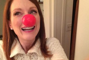 julianne-moore-red-nose-day